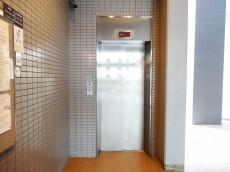 グランドメゾン白山 エレベーター