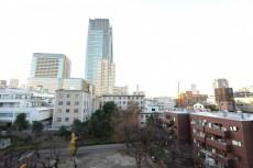 六本木ハイツ 共用廊下からの眺望