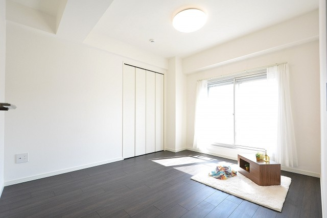 中銀南青山マンシオン 6.0帖洋室