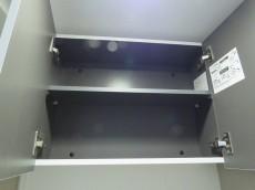 ビラ自由ヶ丘 トイレの吊戸棚