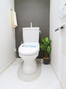 中銀南青山マンシオン ウォシュレット付きトイレ