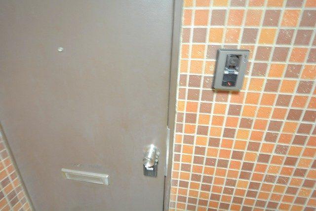 インペリアル常盤松 玄関