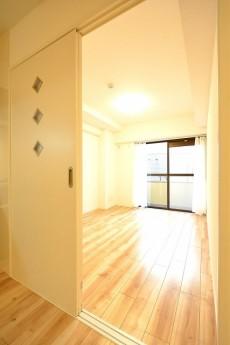 ライオンズマンション馬事公苑第2 6.0帖洋室ドア
