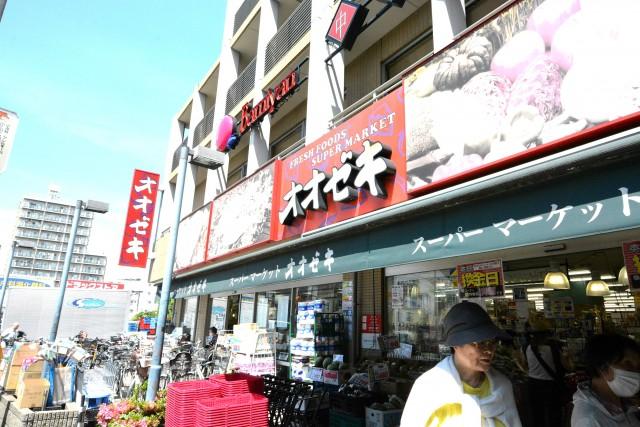 トーエイ高井戸 駅前