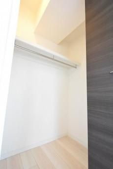 ライオンズマンション駒沢 5.1帖洋室のWIC