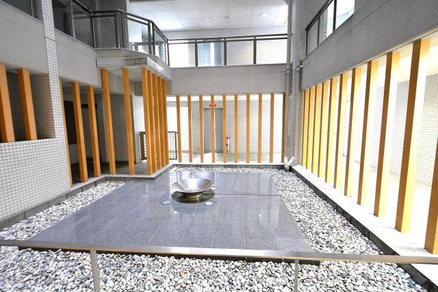 タワーテラス目黒青葉台 中庭