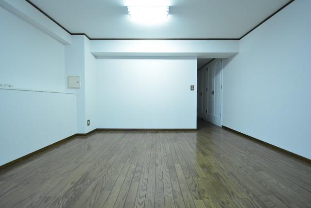 赤坂アーバンライフ103号室 洋室