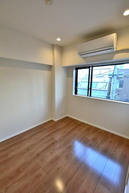パークサイド六本木 洋室2