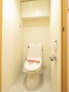 キャッスルマンション武蔵小山 ウォシュレット付トイレ