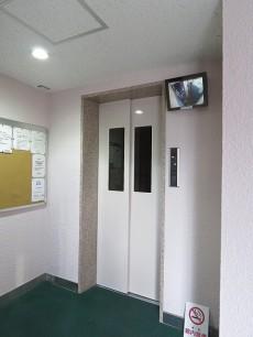 藤ビル エレベーター