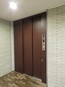 島津山ヒルズ エレベーター