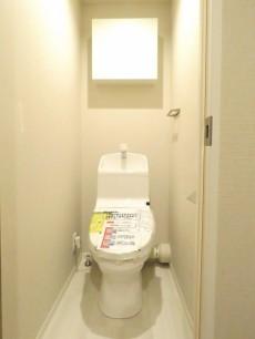 トーア芝ガーデン ウォシュレット付きトイレ