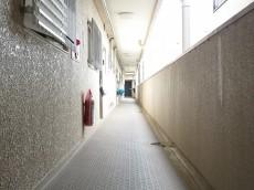 祖師谷大蔵サマリヤマンション 共用廊下