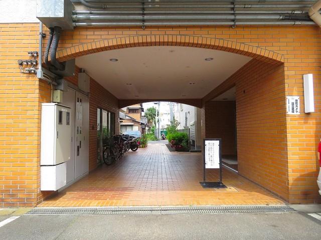 祖師谷大蔵サマリヤマンション エントランス