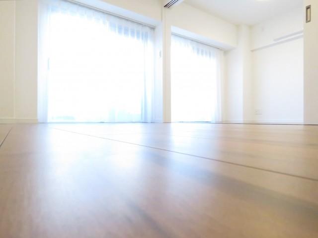 上町マンション LD+洋室