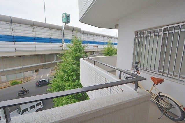 中銀桜新町マンシオン 外廊下