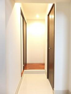 ラポール駒込 玄関