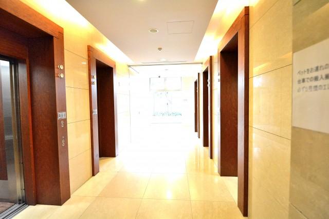 ベイクレストタワー エレベーターホール
