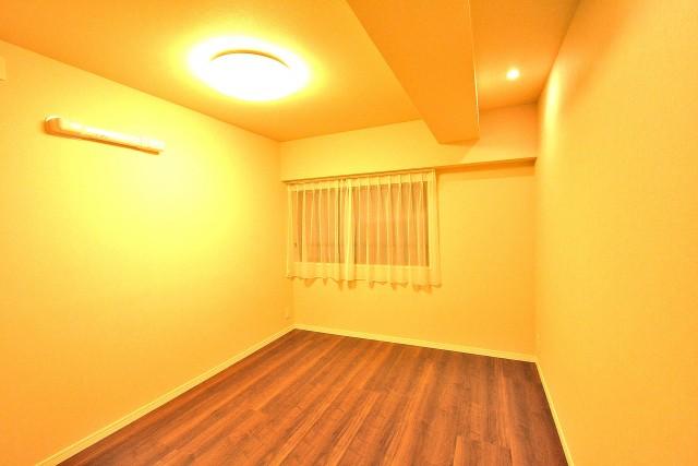サンコート芝公園 洋室2