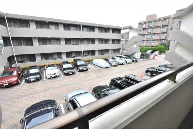 エクレールガーデン富士見ヶ丘 駐車場