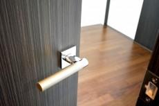 ザ・晴海レジデンス 5.0帖洋室ドア
