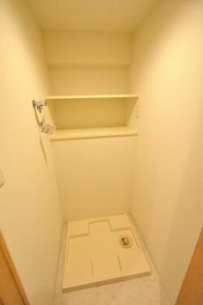バルミー赤坂 洗濯機置場