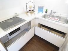 ベルメゾン鷹番 L字型キッチン