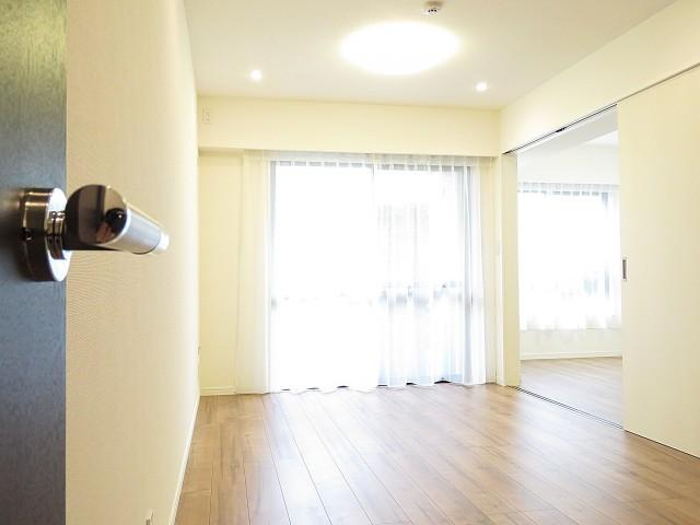 サーパス祖師谷大蔵 LD+洋室