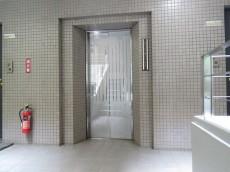 サーパス祖師谷大蔵 エレベーター