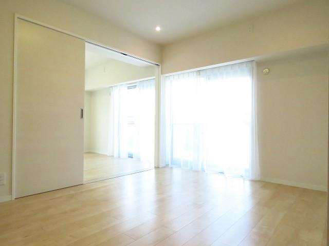 上野ロイヤルハイツ LDK+洋室