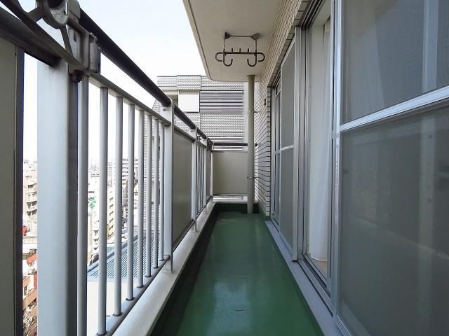 上野ロイヤルハイツ バルコニー
