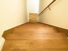 サトミビル 階段