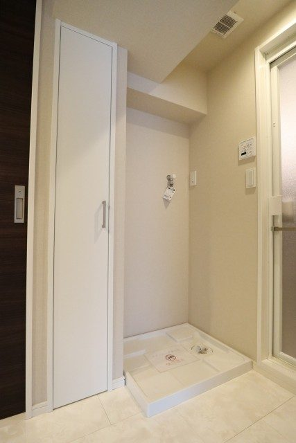 白金台桜苑マンション 洗濯機スペース