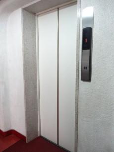 秀和大岡山レジデンス エレベーター