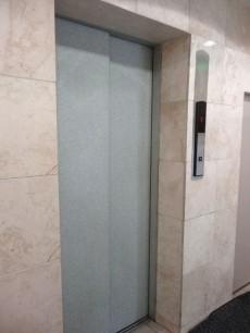 四谷フラワーマンション エレベーター