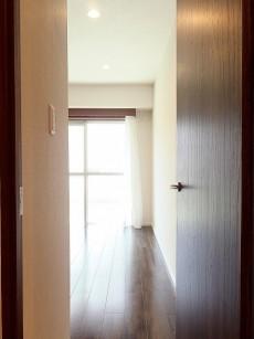 藤和護国寺コープ 5.1帖洋室ドア