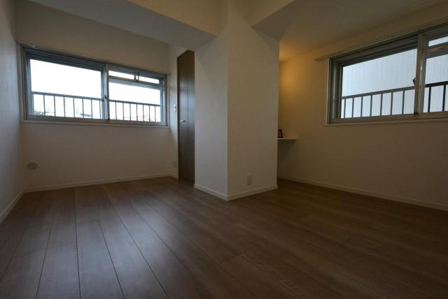 ライオンズマンション上野毛206 洋室