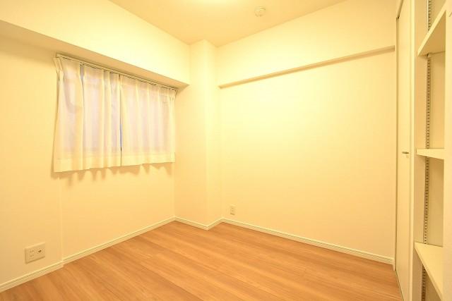 築地永谷コーポラス 4.0帖洋室