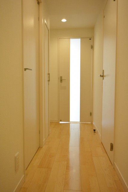クレッセント目黒Ⅱ 室内廊下