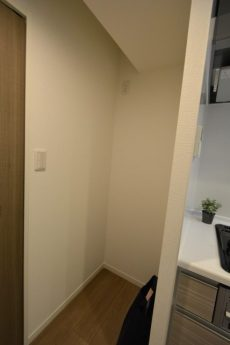 ライオンズマンション上野毛206 冷蔵庫置場