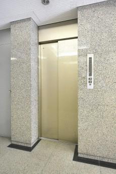 セブン築地 エレベーター