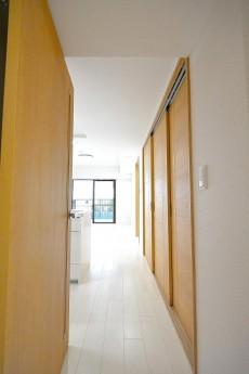 セブン築地 12.0帖LDKのドア
