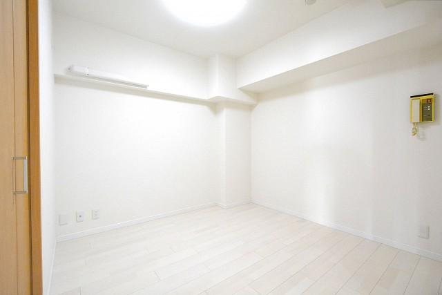 セブン築地 4.5帖洋室