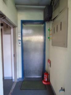 コーポ洗足 エレベーター