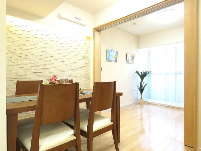 ワコー三田マンション ダイニングキッチン+洋室