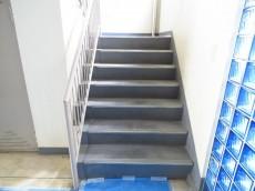 自由ヶ丘第七コーポ 共用階段