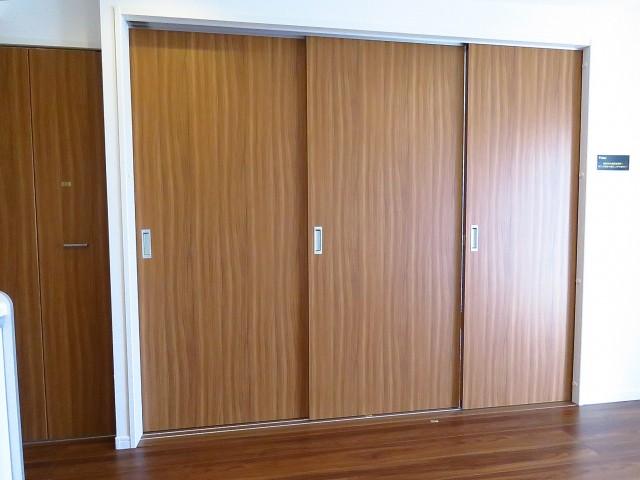 自由ヶ丘第七コーポ 洋室扉