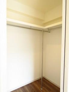 シャンボール池田山 洋室約5.7帖のWIC