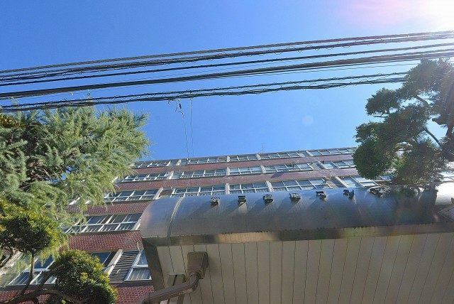 第三宮庭マンション405号室 外観