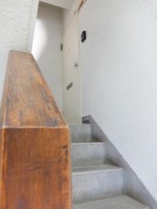 成城オリンピックマンション 階段